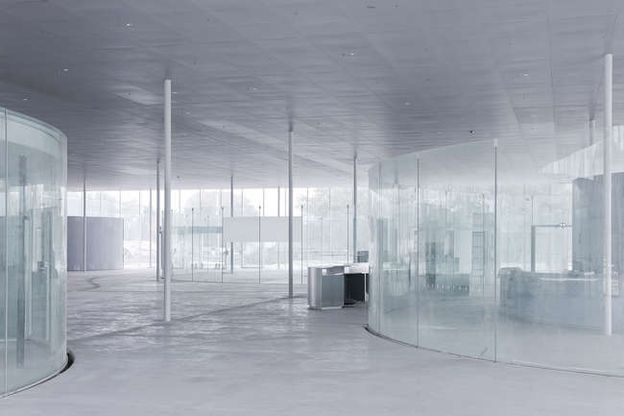 LOUVRE-LENS-by-SANAA-ARCHITECTS-Photo-by-Iwan-Baan-2.jpg