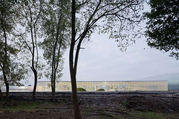 LOUVRE-LENS-by-SANAA-ARCHITECTS-Photo-by-Iwan-Baan-3.jpg