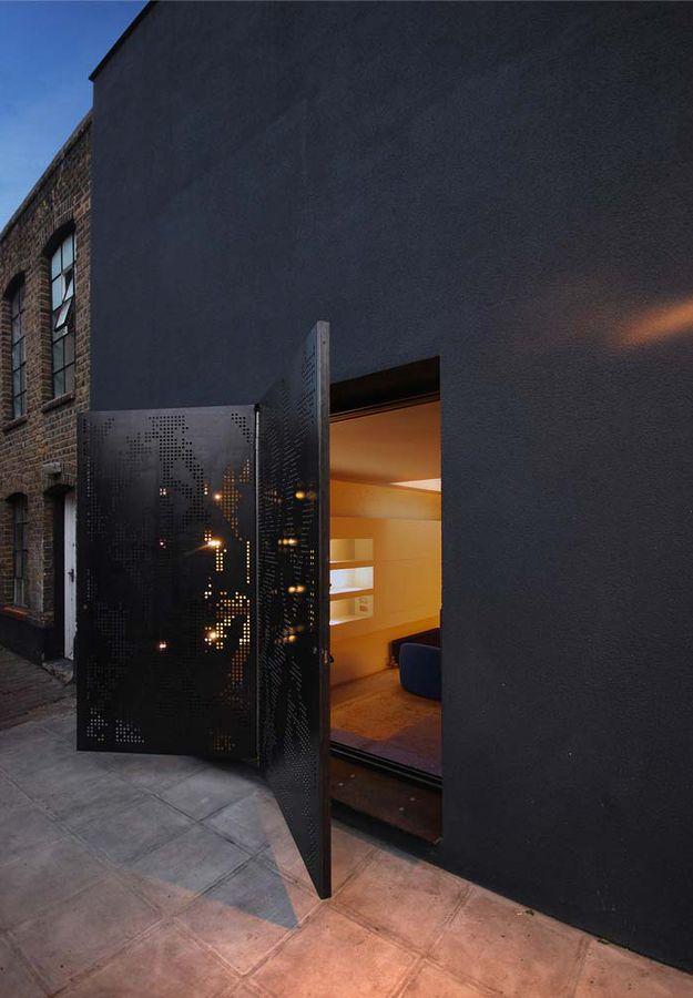 2--hidden-house-by-Teatum-Teatum-London.jpg