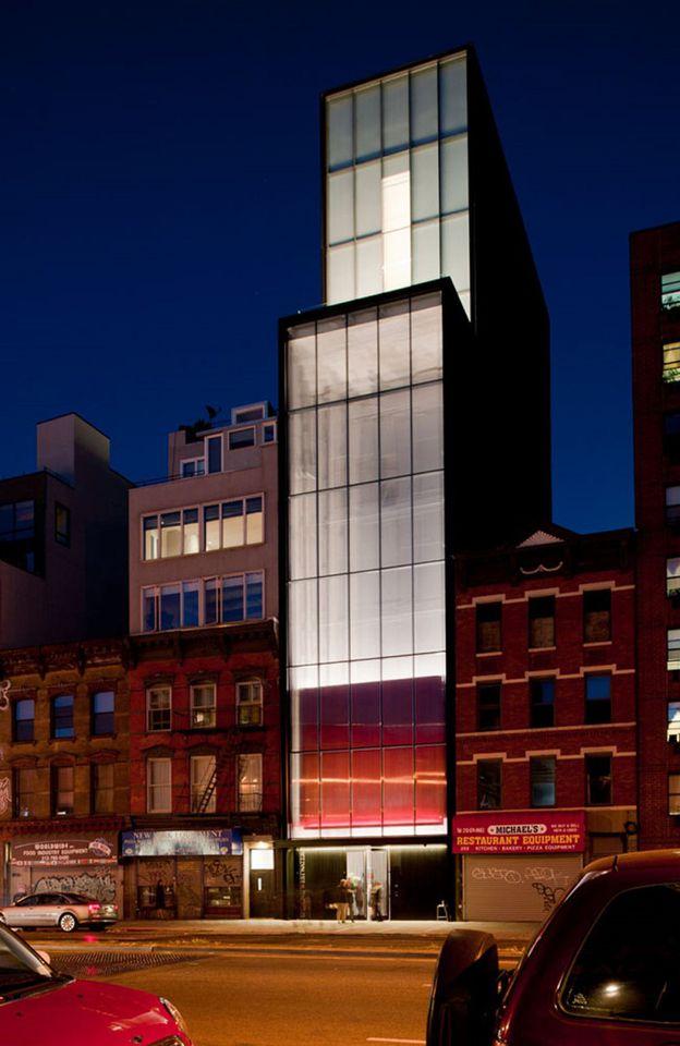 Sperone-Westwater-Gallery-Design-by-Foster-Partner-copie-4.jpg