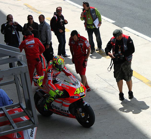 Warm up Rossi 16