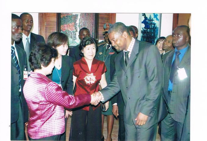 Me Hu Jintao 1è Dame de Chine Musée Nat Ydé 2