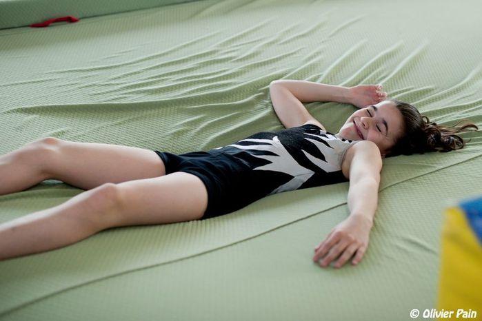 portrait d'une jeune gymnaste par olivier pain