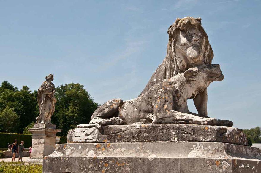 statue-lion-lionne-5108.jpg