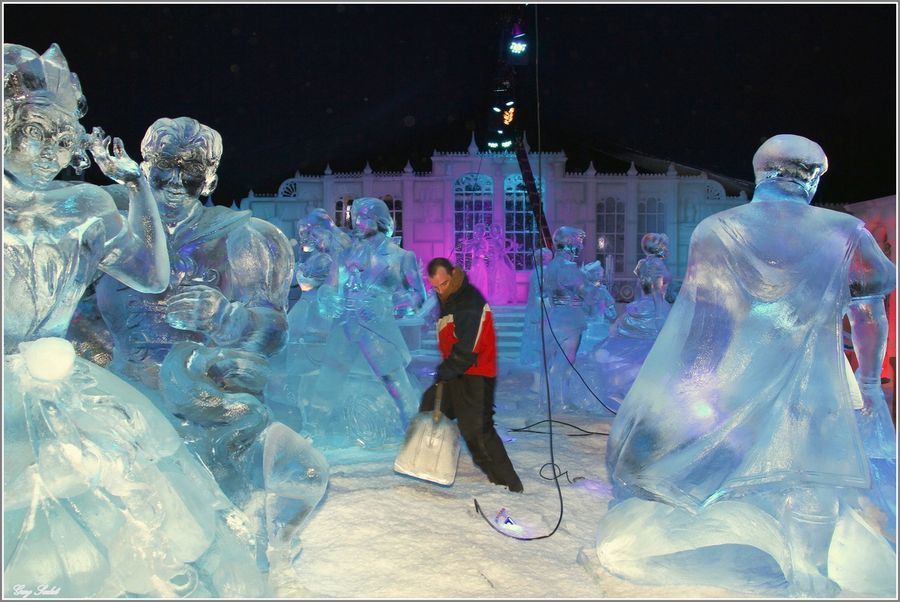 SCULPTEURS FROZEN 17